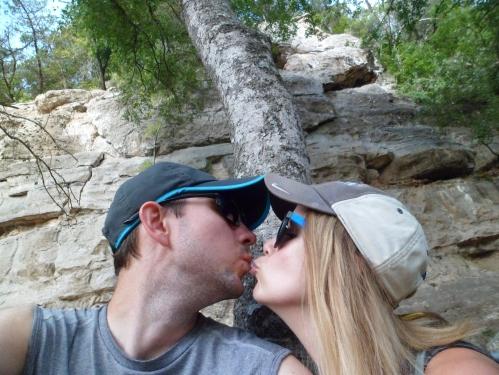 cheesy kiss pic